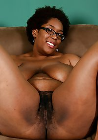BBW Hairy Ebony