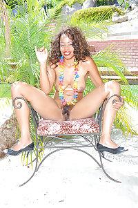 Gorgeous Torpical Hairy Ebony