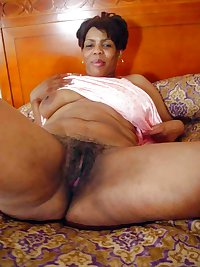 black girls spreading hairy pussy